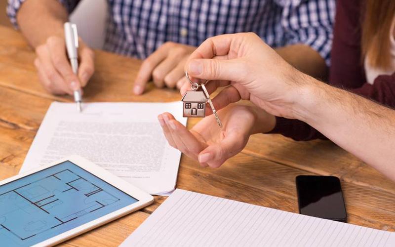 Fiador ainda é a garantia mais utilizada para aluguel no Brasil